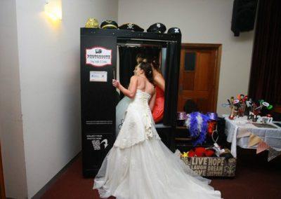 2013-McLaren-Vale-Birdal-Expo-Photobooth-Bride.4